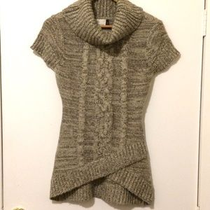 RD Style Cowl Neck Short Sleeve Sweater - Small